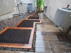 """Another look at the """"Custom Cedar Planters"""" in Hodgson"""