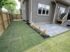 """""""Rosetta Dimensional Flagstone"""" (by barkman) was utilized on this particular landscaping project. The clean (linear) lines of this Slab really complimented the """"modern"""" look of this """"Allendale"""" (infill) project"""
